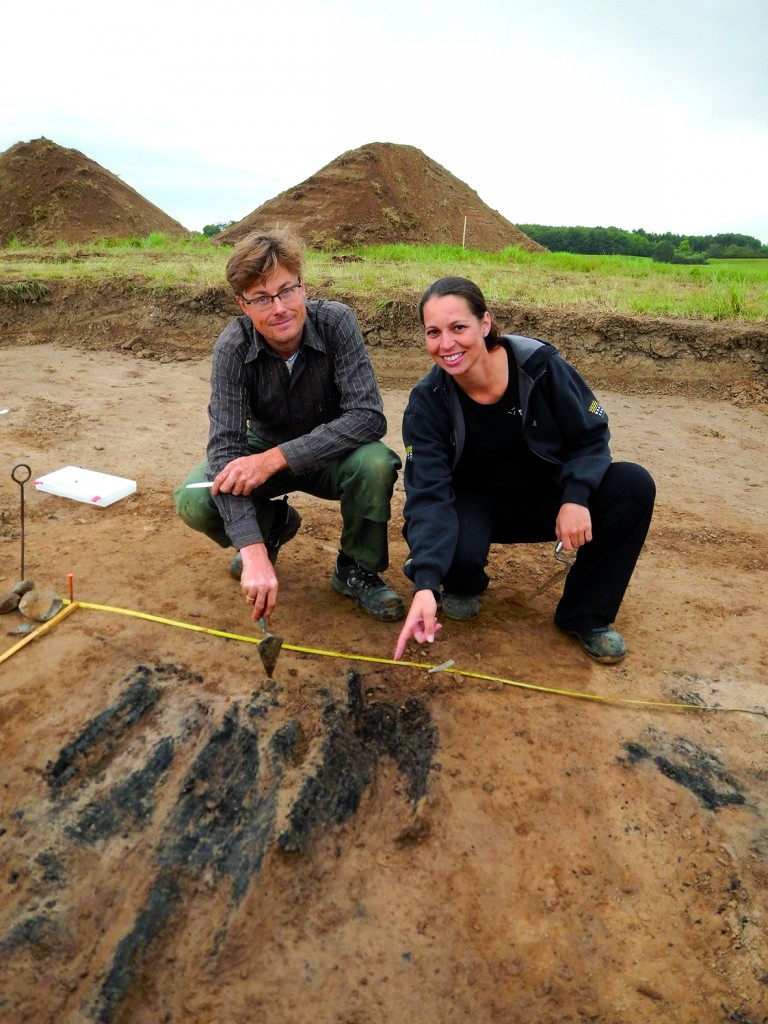 Søren Sindbæk from Aarhus University and Nanna Holm from the Danish Castle Centre are among the scientists working on the site (photo: Museum Sydøstdanmark)