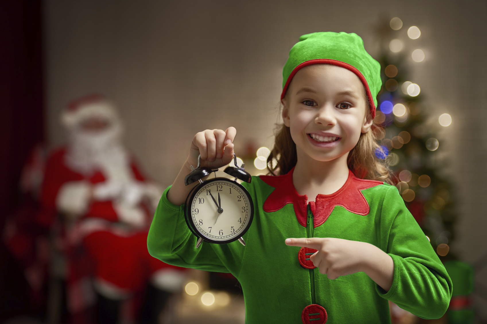 Time is on your side in your bid to make sure you don't spend Christmas alone (photo: iStock)