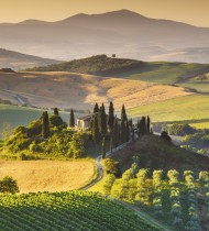 Cool winds blow down from the Tuscan hills to relieve the precious grapes (photo: iStock)