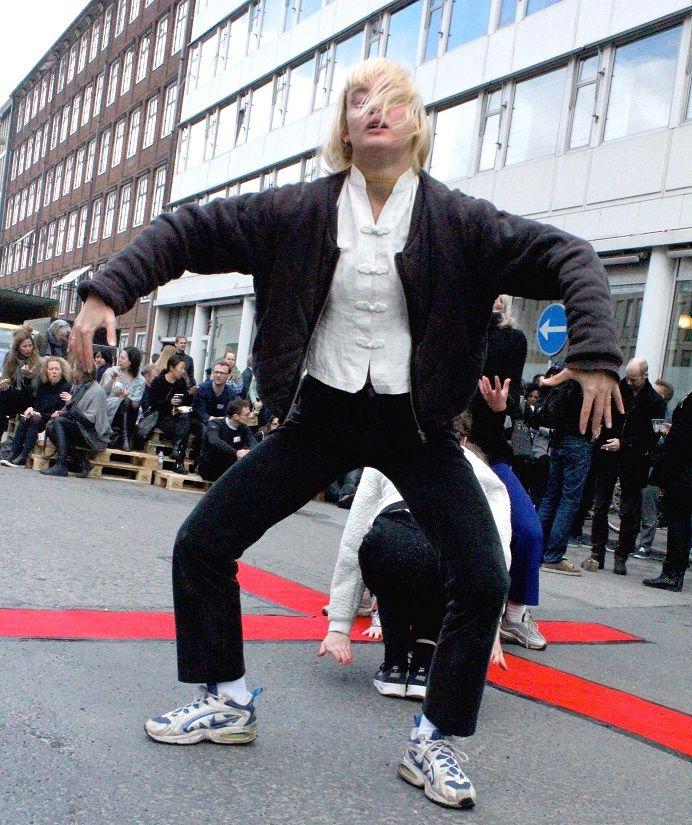 Performance outside TedxCopenhagen. Photo by Malene Orsted.jpg resized