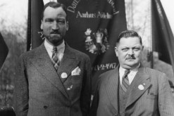 Hartvig Frisch (left) in 1937 (photo: Den Gamle By)