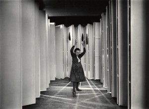 'Louise Bourgeois inside Articulated Lair (photo: © Peter Bellamy © The Easton Foundation / Licensed by Copydan Conditions)