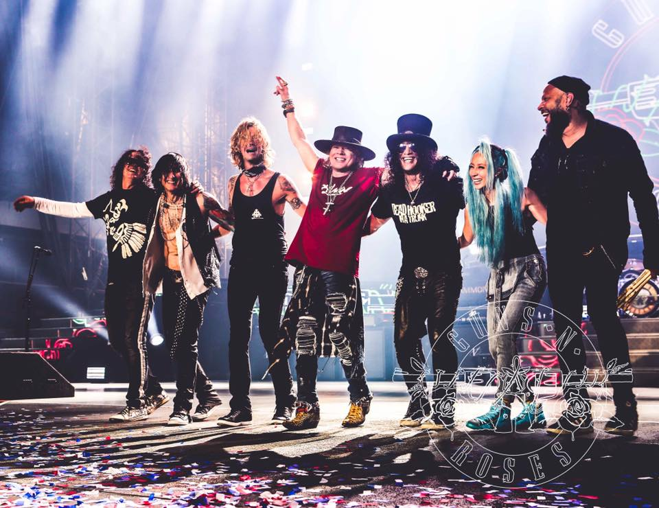 It feels like 14 years, but they're back (photo: Guns N' Roses)
